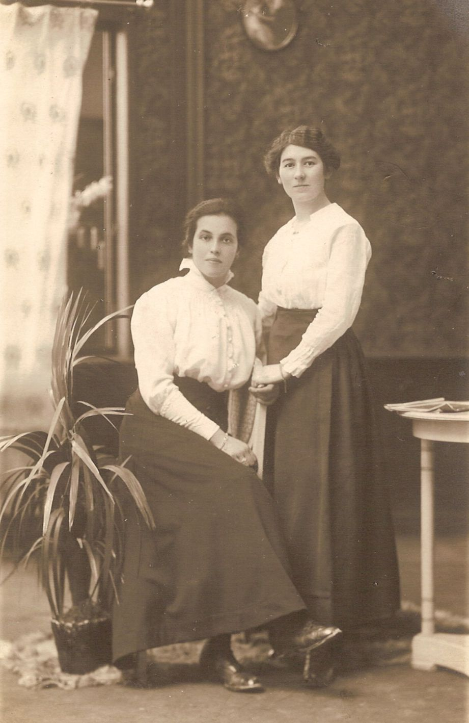 Aunt Berta (sitting), with a friend