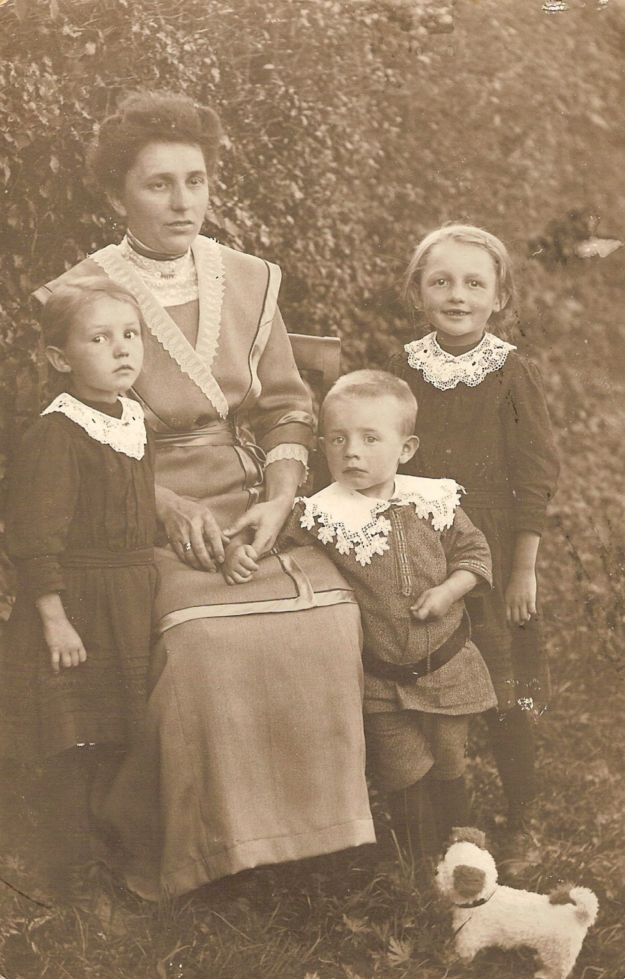 Aunt Marie in Hohenlohe with children